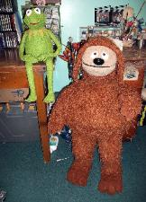 Kermit and Rowlf poser puppets by Terry Angus